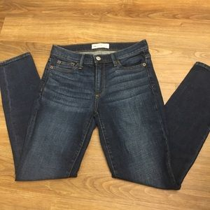 Gap true skinny jeans, size 24R
